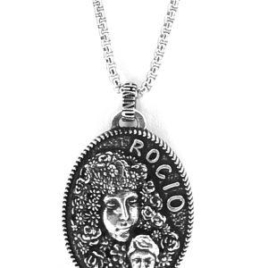 Colgante Virgen y niño Jesús acabada en plata  Rocío HIMNUM